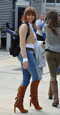 """""""Love you way you wear your jeans up tight"""", as the song says. Imagine the cameltoe! Old Women, Sexy Women, Carol Vordeman, Carol Kirkwood, Celebrity Boots, Latest Fashion For Women, Womens Fashion, Tv Presenters, Hot Outfits"""
