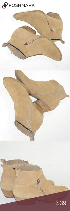 SUEDE Ankle Booties Boots Shoes Cute Boho Chic 8M SUEDE Ankle Booties Boots Shoes Cute Boho Chic 8M By NINE WEST Pre-Loved Size 8M Short Ankle Booties Tan Suede Discoloration on bottoms and heels Some soiling on suede and a couple of marks Pricing accordingly No box or packaging included Nine West Shoes Ankle Boots & Booties