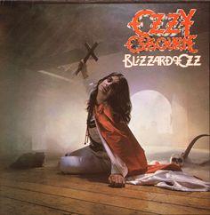 "ONOMA ΑLBUM: ""Blizzard of Ozz"" - Ozzy OsbourneETOΣ KYKΛΟΦΟΡΙΑΣ: 1980ΕΤΑΙΡΙΑ: Jet RecordsΠΑΡΑΓΩΓΟΙ: Ozzy Osbourne, Randy Rhoads, Bob Daisley και Lee KerslakeΣΥΝΘΕΣΗ ΜΠΑΝΤΑΣ: Φωνητικά - Ozzy Osbourne Κιθάρες – Randy Rhoads Mπάσο – Bob Daisley Τύμπανα – Lee Kerslake Ozzy Osbourne Songs, Ozzy Osbourne Albums, Heavy Metal, Black Metal, Black Sabbath, Lp Vinyl, Vinyl Records, Rare Vinyl, Ozzy Osbourne Crazy Train"