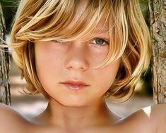 Boy Haircuts Long, Little Boy Haircuts, Boys Long Hairstyles, Cool Haircuts, Cute 13 Year Old Boys, Young Cute Boys, Cute Teenage Boys, Pretty Blonde Girls, Cute Blonde Boys