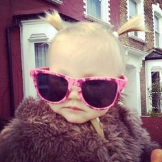 Lux has swerve. This small child has the 5 best things in her life. Harry Styles, Liam Payne, Louis Tomlinson, Zayn Malik and Niall Horan. ITS NOT FAIR!!!! -C