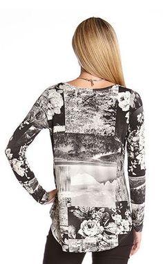 Love Love Love this Black and White Photo Print Top! Great over Leggings! #Black_and_White #Photo #Print #Top #Fashion