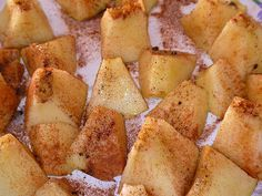 Microwaved apples with cinnamon. A healthy dessert :)