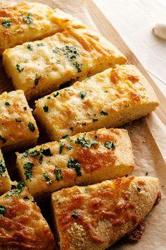 Gluten Free Garlic Bread Entree Recipes, Lunch Recipes, Bread Recipes, Breakfast Recipes, Dessert Recipes, Gluten Free Garlic Bread, Cheesy Garlic Bread, Bread Substitute, Broccoli Cheese Soup