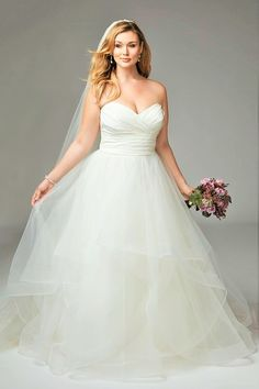 50+ Wedding Dresses for Curvy Figures - Best Wedding Dress for Pear ...