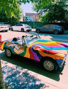 See more of summerrvibes's VSCO. Hippie Car, Hippie Life, Hippie Things, Pretty Cars, Cute Cars, Photo Vintage, Vintage Cars, Vintage Theme, Style Vintage