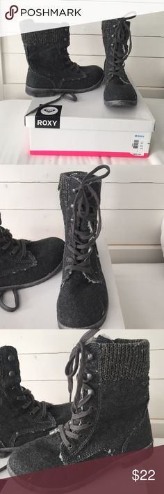 Gray Roxy boot. Gray soft cloth material on outside with white soft fur inside. Lace up front but also zipper on the side. Brand new never worn. Size 8 runs slightly larger. Roxy Shoes Combat & Moto Boots