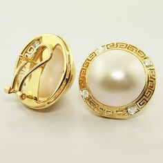yellow gold and mabe pearl earring