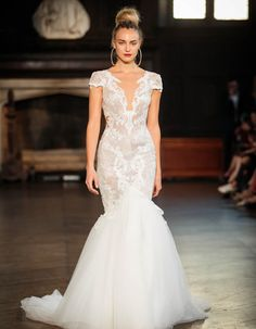 From full fishtail skirts to pretty plunge and a classic sweetheart neckline we give you 7 of the most romantic wedding dress looks for Berta Bridal, Bridal Gowns, Wedding Gowns, Most Romantic, Romantic Weddings, White Wedding Dresses, Formal Dresses, Dream Dress, Fit And Flare