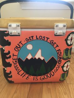 Mountain weekend pi kappa phi painted cooler Diy Cooler, Coolest Cooler, Fraternity Coolers, Frat Coolers, Sorority Canvas, Sorority Paddles, Sorority Recruitment, Cooler Designs, Sorority Big Little