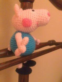George Pig ( hermano Peppa Pig) ~ Patrón Gratis en Castellano aquí: tallerdemao.blogspot.com.es/search/label/George%20Pig%20%28P%29?m=0