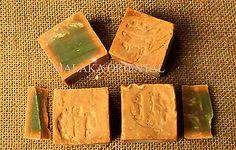 10 Stück original Alepposeife, Olivenöl/Lorbeer, Seife ca. 1800 g. Aleppo/Syrien