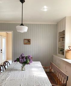 Minimalist Dining Room, Hygge Home, Ivy House, Interior Decorating, Interior Design, Dining Room Design, Dining Rooms, Slow Living, Home Hacks