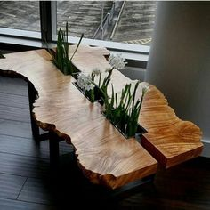 36 Gorgeous DIY Woodworking Coffee Table Ideas Wow dieser Tisch The post 36 Gorgeous DIY Woodworking Coffee Table Ideas appeared first on Woodworking Diy. Wooden Crate Coffee Table, Diy Wooden Crate, Cool Coffee Tables, Wooden Crafts, Slab Table, Wood Table, Resin Table, Dinning Table, Diy Furniture