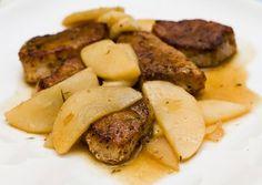 De varkenshaas met gebakken appels zijn gemakkelijk te bereiden. Het is een zomers recept, dat je eventueel met een salade kunt eten.