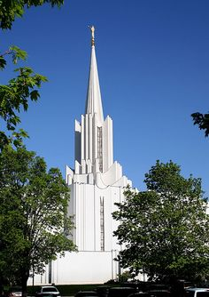 Jordan River Mormon Temple - http://www.everythingmormon.com/jordan-river-mormon-temple/  #mormonproducts #LDS #mormonlife