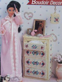 Plastic Canvas Fashion Doll Pattern BOUDOIR DECOR ~ Bedroom Chest & Lamp #AnniesAttic