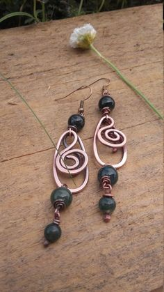 Wire earrings with natural green beads,Copper earrings, Copper wire earrings ,Wire jewelry,Wire wrapped jewelry,Wire Jewelry,Bohemian