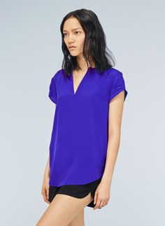 BABATON PHILLIP T-SHIRT - Silk crepe meets soft jersey in this versatile blouse-tee hybrid