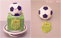 Gâteau FC Nantes / Football Cake by Un Jeu d'Enfant