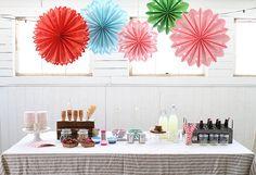My Little Party Blog Inspiración con abanicos de papel.