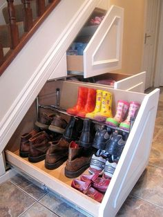 Insanely Clever Remodeling Ideas For Your New Home Shoe storage. Under stairs storage idea. I need this so bad. Under stairs storage idea. I need this so bad. Basement Remodeling, Remodeling Ideas, Bathroom Remodeling, My Dream Home, Dream Job, Dream Homes, Home Organization, Organizing Shoes, Organizing Ideas