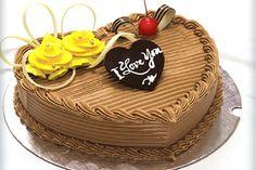 Hãy cùng ngắm nhìn hình ảnh bánh kem sinh nhật tình yêu đẹp và độc nhất. Bánh kem tình yêu hình trái tim với những họa tiết xinh xắn đáng yêu là gợi ý tuyệt vời bạn có thể dành tặng cho người ấy trong dịp sinh nhật đặc biệt nhé.