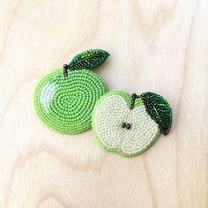 "348 Likes, 17 Comments - Bead Embroidery • BROOCHES (@brooch_garden) on Instagram: ""Время собирать ранний яблочный урожай!) 🍏"""