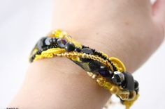 Hufflepuff Night on the Town Bracelet by tapestrymlp