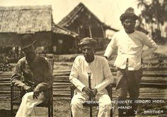 Isidoro Midel and Datu Mandi in 1899 The two combined to defeat and oust… Filipino Culture, Filipiniana, Mindanao, Rough Riders, Borneo, World History, Vintage Pictures, Southeast Asia, Old Photos