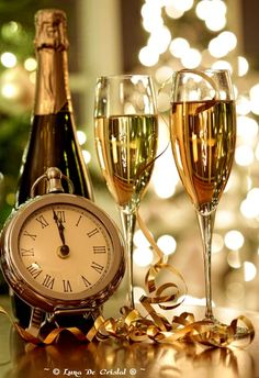 Happy new year 2017 hd wallpaper & champagne Happy New Year 2015, New Year 2014, Happy 2015, New Year's Eve Celebrations, New Year Celebration, Auld Lang Syne, Champagne Glasses, Champagne Toast, New Years Eve Party
