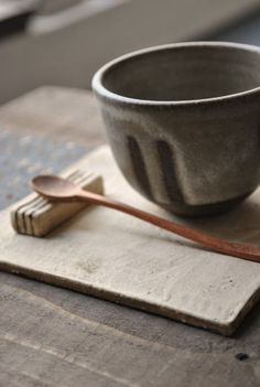 シンプルな作家ものの陶器・和食器・うつわの通販【WAGOKORO】