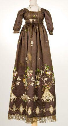 ❤❤❤ Copyrights unknown. Dress  1800s, IMATEX.