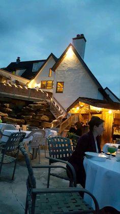 Party in the patio stone Bridge Inn & Restaurant