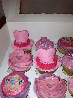 1st birthday princess cupcakes