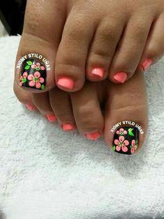 Pedicure Designs, Toe Nail Designs, Toe Nail Art, Toe Nails, Cute Pedicures, Beautiful Nail Art, Summer Nails, Hair And Nails, Polish