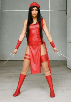 * Elektra - Elektra Natchios *  Marvel Comics http://superpoweredfiction.com/page/28/?s=cosplay