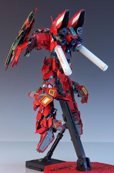 MG 1/100 Unicorn Gundam 03 Neo Zeon Full Frontal - Customized Build     Modeled by Redbrick