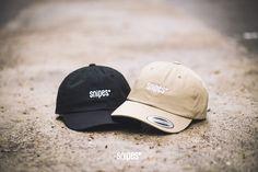 """Curved is king! Mit diesen beiden Unstructured Baseball-Caps mit """"Curved"""" Schirm und Strapback-Verschluss von SNIPES hast du auf jeden Fall immer ein Accessoire dabei, das jedem Outfit ein Highlight verpasst. Ab jetzt in einem SNIPES Store in deiner Nähe oder natürlich online! Preis: 17,99 Euro #snipes #snipesknows #snipesbrand #cap #baseball #curved #strapback #caplove"""