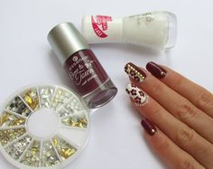 Nail art floreale ispirata a Christabell Nails + materiale utilizzato - photo © Pedrìnails     http://www.ladyqueen.com/gold-silver-nail-art-metal-stud-shape-3d-nail-art-decorations-set-kit-wheel-na0165.html