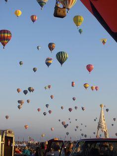 Sooooooooo many balloons