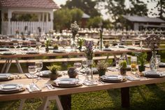 A Rustic Theme is a Naturally Beautiful Choice For Any Event | www.EMZARA.com
