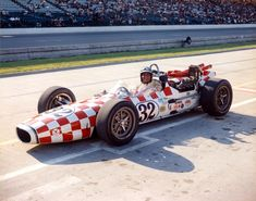 Al Miller in the 1967 Gerhardt Ford Indy Car C-71 Indy Car Racing, Sports Car Racing, Indy Cars, Firestone Tires, Indianapolis Motor Speedway, Old Race Cars, Vintage Race Car, Car And Driver, Ford Gt