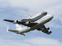The shuttle Discovery, the most journeyed spacecraft of the now-retired U.S. fleet, on Tuesday made its final flight from Florida toward the Washington area museum where it will go on display.