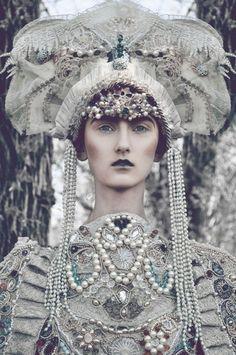 winter queen - Pesquisa do Google
