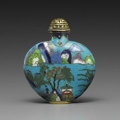 A CLOISONNÉ ENAMEL BOTTLE Christie's Chinese Works of Art Online Only: Snuff Bottles & Books. https://onlineonly.christies.com/s/chinese-works-of-art-online-only-snuff-bottles-books/a-cloisonne-enamel-bottle-63/1110/