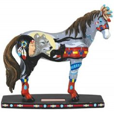 Horse of a Different Color Wolf Princess Mustang Figurine 20375 Westland Pony
