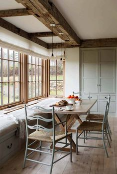 Looking for for pictures for farmhouse interior? Check this out for perfect farmhouse interior pictures. This unique farmhouse interior ideas will look terrific. Modern Farmhouse Interiors, Modern Farmhouse Design, Rustic Farmhouse, Rustic Modern, Farmhouse Style, Modern Decor, Farmhouse Ideas, Farmhouse Chairs, Rustic Wood