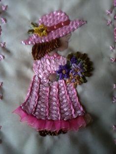 damita en bordado en cintas Silk Ribbon Embroidery, Embroidery Stitches, Ribbon Art, Paper Dolls, Arts And Crafts, Quilts, Christmas Ornaments, Holiday Decor, Creative