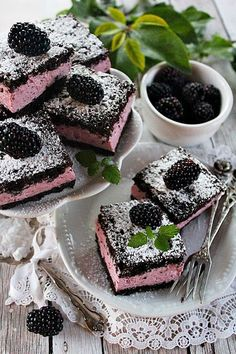 ~ SZEDRES KOCKA ~ Hungarian Cake, Hungarian Recipes, Eastern European Recipes, Sweet Cookies, Cream Cake, Cookie Recipes, Food Photography, Food And Drink, Yummy Food